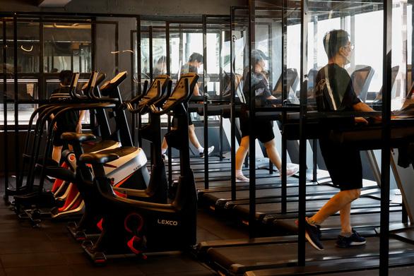 Hàn Quốc cho mở phòng gym nhưng cấm mở nhạc giựt - Ảnh 1.