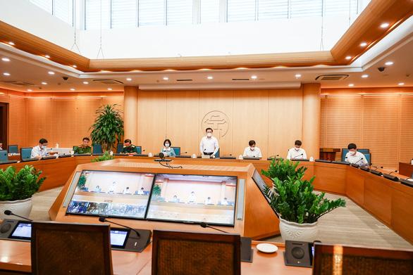 Hà Nội lập 22 chốt ở cửa ngõ thành phố, có kiểm tra giấy xét nghiệm - Ảnh 1.