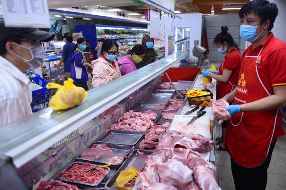 Hiệp hội Chăn nuôi Đồng Nai đề xuất mở điểm bán thịt giải cứu người nuôi heo - Ảnh 1.