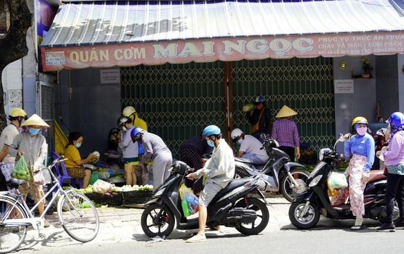 Hiểu nhầm chỉ thị 16, người dân Vũng Tàu ào ào đến ngân hàng - Ảnh 3.