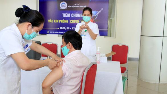 Bộ Y tế: Đã phân bổ được hơn 8,1 triệu liều vắc xin COVID-19 - Ảnh 1.