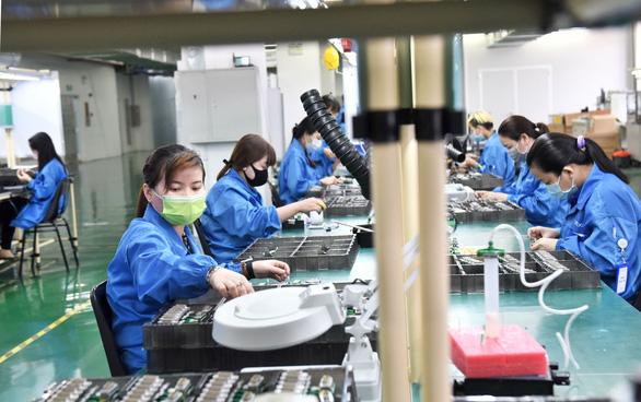 KCX Tân Thuận: Doanh nghiệp hoạt động phải bảo đảm cách ly, lo chỗ ở cho công nhân - Ảnh 1.