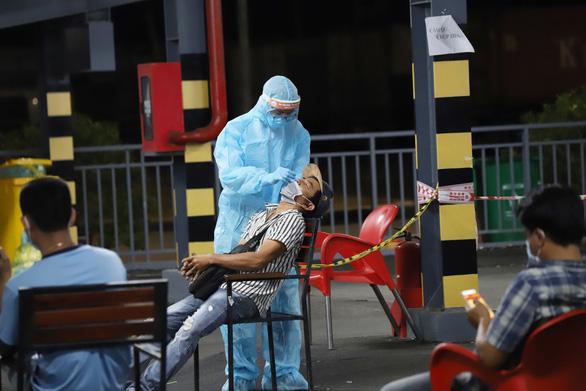 Tối 13-7: Thêm 852 ca mắc COVID-19, 222 bệnh nhân được công bố khỏi bệnh - Ảnh 1.