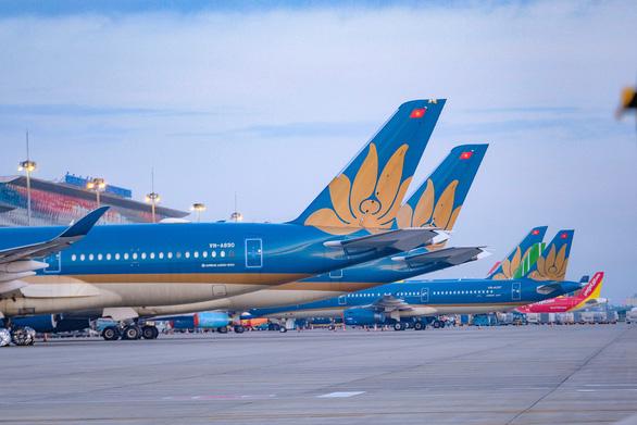 Tổ chức các chuyến bay đưa người dân từ TP.HCM, các tỉnh phía Nam về quê - Ảnh 1.