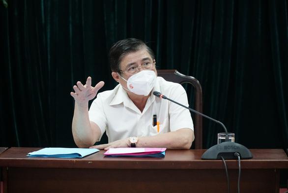 Chủ tịch TP.HCM Nguyễn Thành Phong: Gò Vấp không nên xét nghiệm kiểu hàng ngang - Ảnh 1.