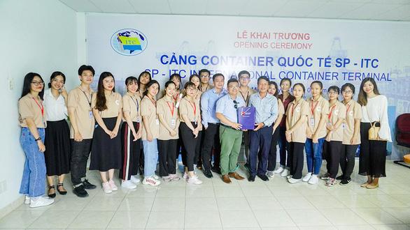 Trường Đại học Văn Lang bất ngờ mở ngành hot Thương mại điện tử - Ảnh 2.