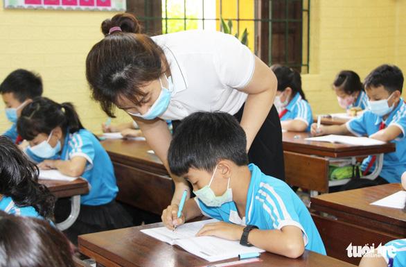 DỊCH COVID-19 NGÀY 15-7: Khởi tố 2 vụ làm lây lan dịch; học sinh Bắc Ninh trở lại trường từ 19-7 - Ảnh 1.