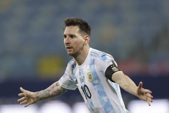 Các hãng cá cược đánh giá Messi là ứng viên số 1 cho danh hiệu Quả bóng vàng - Ảnh 1.