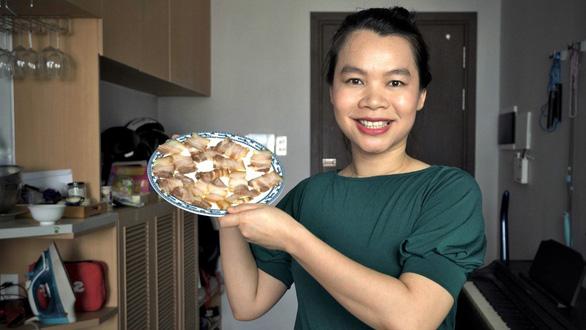 Món dễ làm để lâu: Thịt heo ngâm nước mắm và bánh chuối kiểu Phú Yên - Ảnh 2.