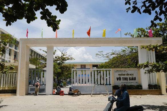 Hàng ngàn chỗ cách ly, cả khách sạn 5 sao, chờ đón bà con Quảng Nam - Đà Nẵng trở về - Ảnh 1.
