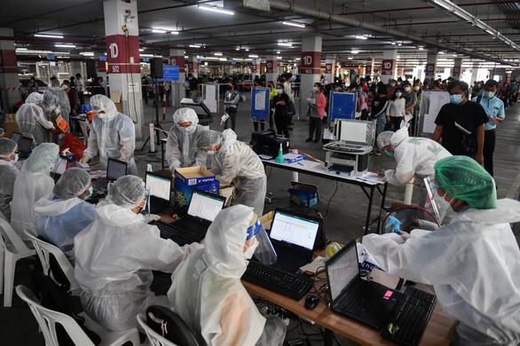 Indonesia tăng kỷ lục số ca bệnh, Philippines có các ca mắc Delta đầu tiên trong cộng đồng - Ảnh 1.