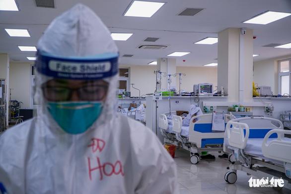 Trình Thủ tướng lập các cơ sở thu dung, điều trị ban đầu trước yêu cầu cấp bách phòng chống dịch - Ảnh 1.