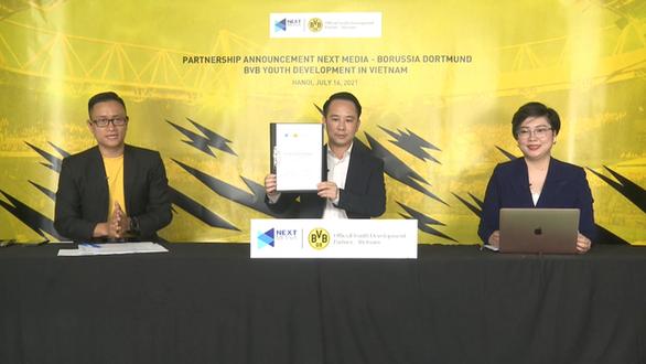 Next Media hợp tác với CLB Borussia Dortmund xây dựng học viện bóng đá tại Việt Nam - Ảnh 1.