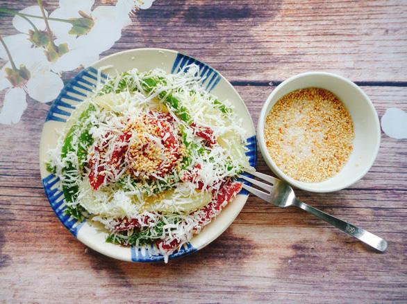 Bánh tằm, xôi hoa đậu, bánh kẹp - bữa sáng có gì ăn nấy mùa giãn cách - Ảnh 4.