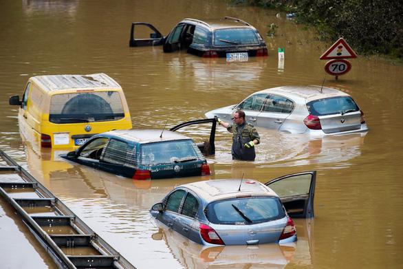 Việt Nam gửi điện thăm hỏi Đức sau trận mưa lũ khiến ít nhất 150 người chết - Ảnh 1.