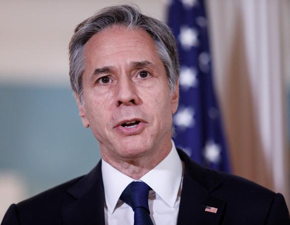 Mỹ trừng phạt 7 quan chức Trung Quốc, cảnh báo doanh nghiệp rủi ro tại Hong Kong - Ảnh 1.