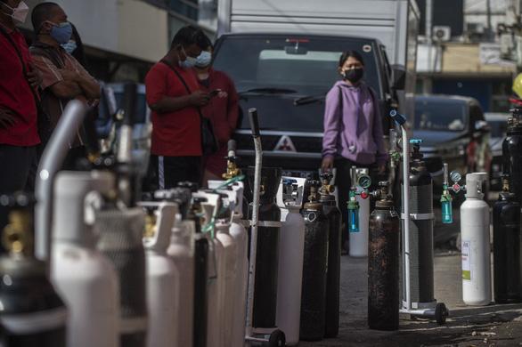 Indonesia hơn 51.000 ca trong ngày, Campuchia lo lắng với chủng Delta - Ảnh 1.