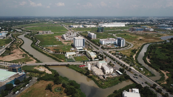 16 doanh nghiệp Khu công nghệ cao TP.HCM bị đề nghị tạm ngưng sản xuất để phòng dịch - Ảnh 1.