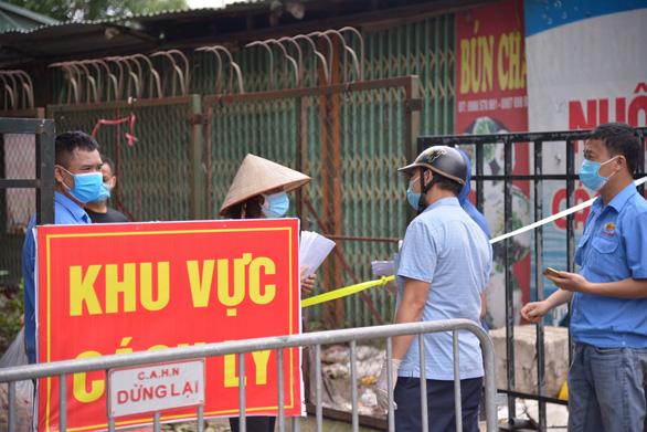 Bộ trưởng yêu cầu xây dựng kế hoạch hỗ trợ lao động ngay tuần này, nhiều tỉnh sang tuần mới trình - Ảnh 1.