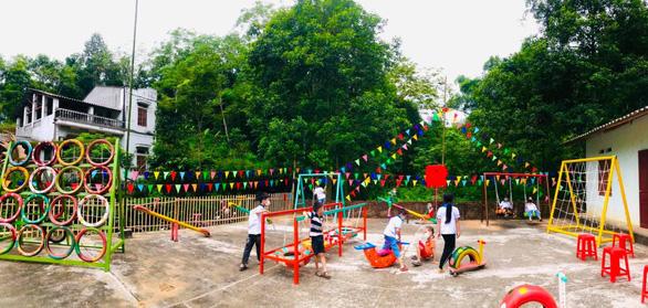 Đồng loạt trồng cây, xây cầu trong ngày cao điểm tình nguyện - Ảnh 2.