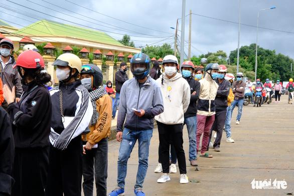 Hàng ngàn người ở Đồng Nai, Bình Dương, TP.HCM đang đổ về Tây Nguyên - Ảnh 2.