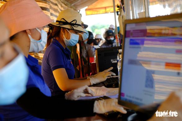 Hàng ngàn người ở Đồng Nai, Bình Dương, TP.HCM đang đổ về Tây Nguyên - Ảnh 4.