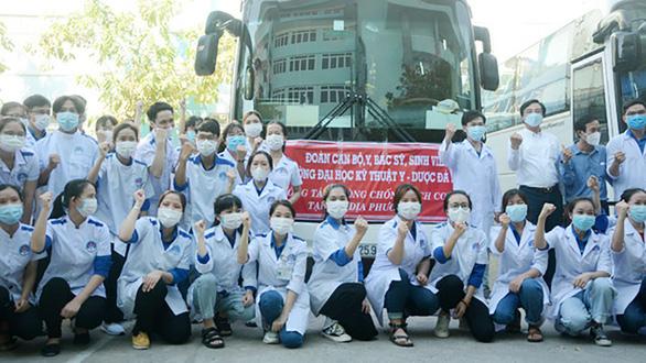 Thủ tướng yêu cầu 7 bộ lập tổ công tác đặc biệt, đưa thêm nhân lực y tế hỗ trợ miền Nam - Ảnh 1.
