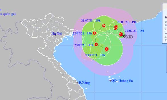 Bão số 3 ít có khả năng ảnh hưởng đến đất liền Việt Nam - Ảnh 1.