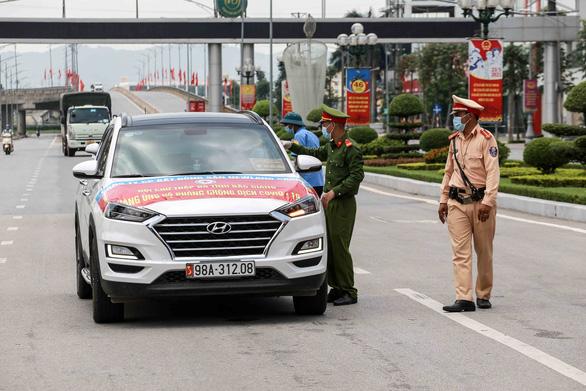 Dịch COVID-19 ngày 19-7: Người từ Hà Nội và tỉnh có dịch về Bắc Giang phải cách ly 14 ngày - Ảnh 1.