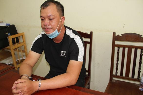 Bắt được nghi phạm dùng dao đâm nữ chủ shop quần áo tử vong - Ảnh 1.