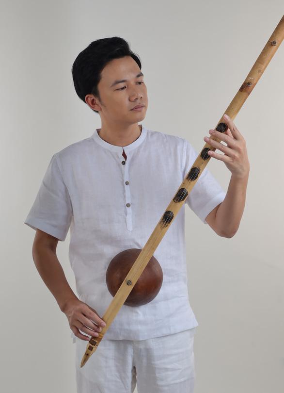 Chàng nhạc sĩ 8X và nỗi nhớ da diết Sài Gòn kẹt xe - Ảnh 2.