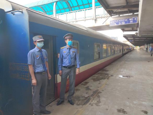 Sẵn sàng lập các đoàn tàu chuyên biệt đưa người từ các tỉnh phía Nam về quê - Ảnh 1.