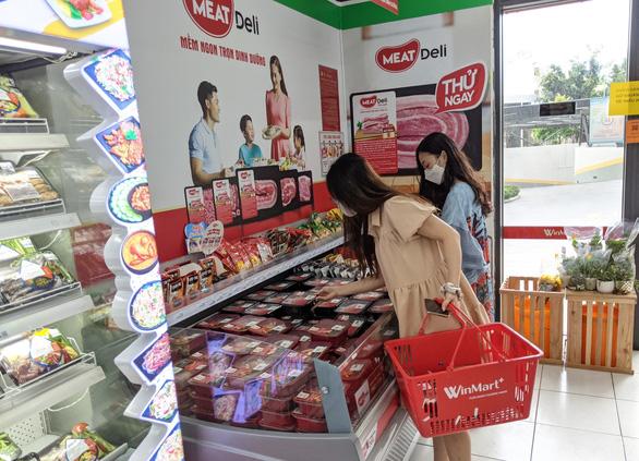 VinMart+ tăng gấp đôi nguồn cung thịt heo sạch MEATDeli phục vụ người tiêu dùng TP.HCM - Ảnh 2.