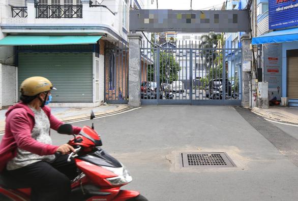 F1 ở TP.HCM muốn được cách ly tại nhà đăng ký với y tế phường, xã - Ảnh 1.