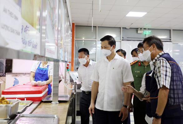 Bắc Ninh yêu cầu doanh nghiệp sắp xếp người lao động thực hiện 3 cùng - Ảnh 1.