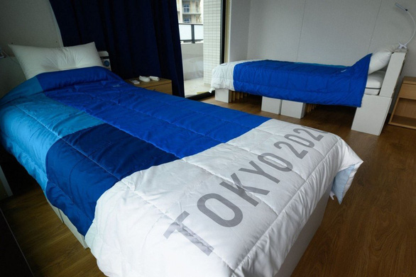 Giường chống sex ở Olympic Tokyo chịu được trọng lượng 200kg - Ảnh 1.