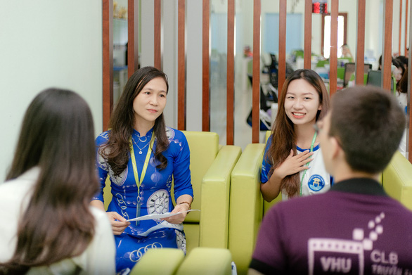 ĐH Văn Hiến hỗ trợ đến 50% học phí cho tân sinh viên mùa dịch - Ảnh 2.