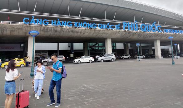 Không để khách du lịch quốc tế đến Phú Quốc lây dịch bệnh ra cộng đồng - Ảnh 1.