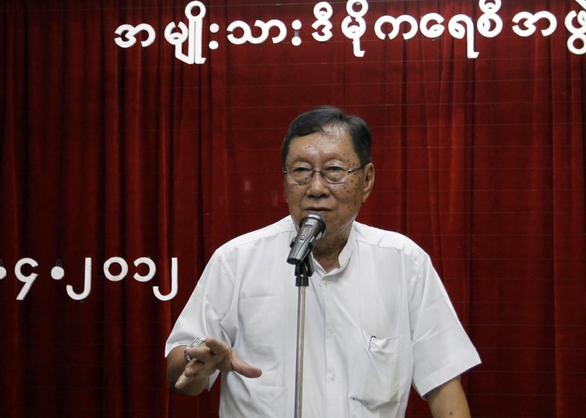 NLD: Cố vấn cấp cao của bà Aung San Suu Kyi chết trong tù vì COVID-19 - Ảnh 1.