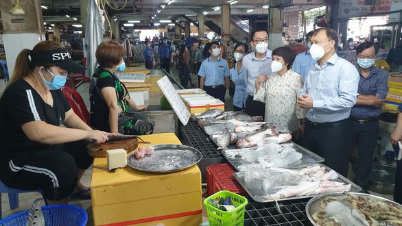 Bộ Công thương đề nghị TP.HCM nghiên cứu sớm mở thêm chợ truyền thống - Ảnh 3.