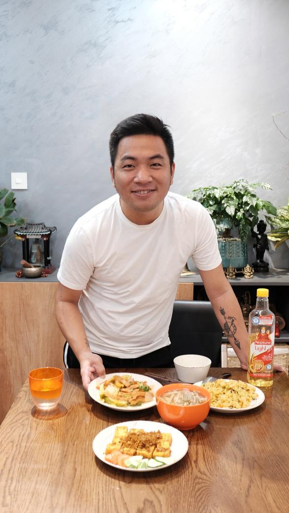 Diệp Chi, Nguyễn Ngọc Thạch kiểm soát cholesterol bằng chế độ ăn uống - Ảnh 2.