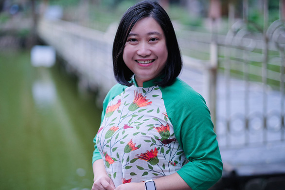 Chuyển ngữ ca khúc Trịnh Công Sơn từ tình yêu nhạc Trịnh - Ảnh 4.