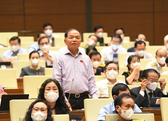 Từ vụ bánh mì ở Nha Trang, đại biểu yêu cầu giám sát bổ nhiệm cán bộ - Ảnh 1.