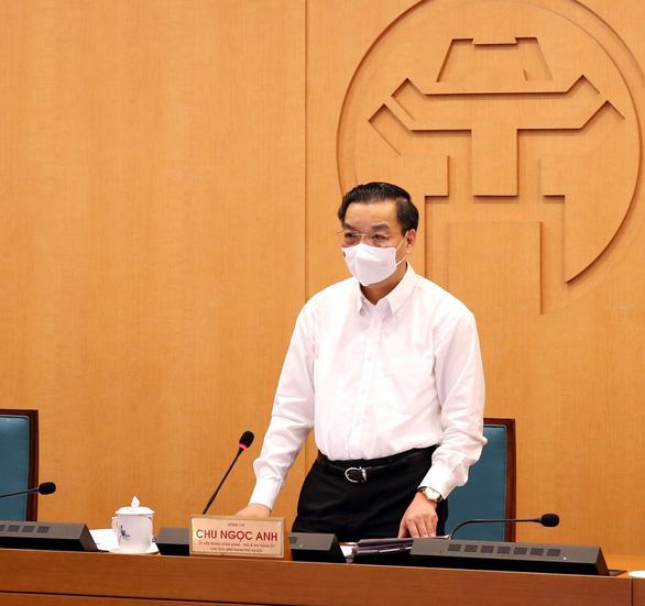 Chủ tịch Hà Nội: Mọi người dân đều bình đẳng về quyền lợi tiêm vắc xin - Ảnh 1.