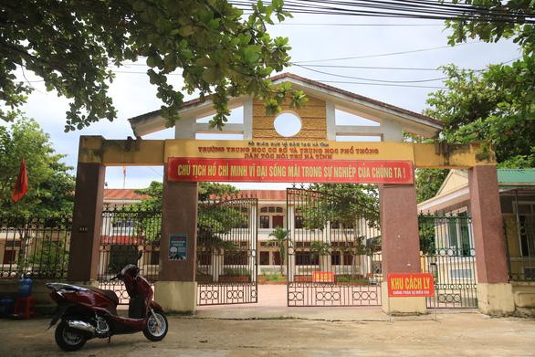 Hà Tĩnh chuẩn bị đón người dân ở TP.HCM về, khách sạn sẵn sàng làm nơi cách ly tập trung - Ảnh 1.
