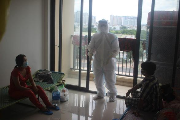 Tối 22-7: 1.450 bệnh nhân khỏi bệnh, 2.000 thiết bị vật tư y tế có mặt tại TP.HCM - Ảnh 2.