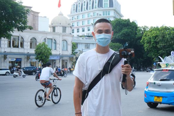 Du lịch Việt Nam qua màn hình nhỏ - Ảnh 1.