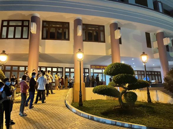 Tối 22-7: 1.450 bệnh nhân khỏi bệnh, 2.000 thiết bị vật tư y tế có mặt tại TP.HCM - Ảnh 3.