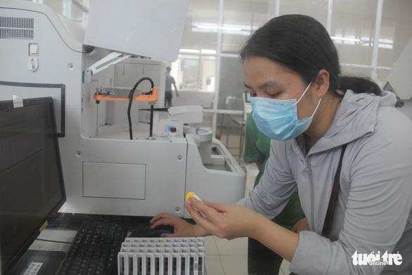 Bệnh viện dã chiến 350 giường ở Đà Nẵng sắp hoạt động, có thể tăng lên 1.700 giường khi cần - Ảnh 2.