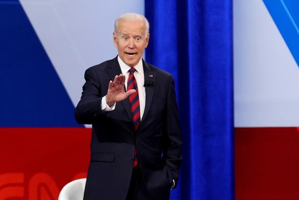 Ông Biden: Tiêm vắc xin sẽ không phải nhập viện, vào ICU hay chết - Ảnh 1.